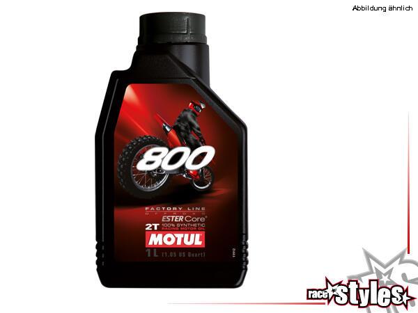 Motul 800 2T Factory Line Off Road ist ein vollsynthetisches Ester 2-Takt Rennöl. Speziell entwicke